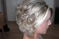 wedding-sorrento-hairstyles-17