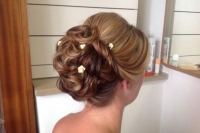 wedding-sorrento-hairstyles-24